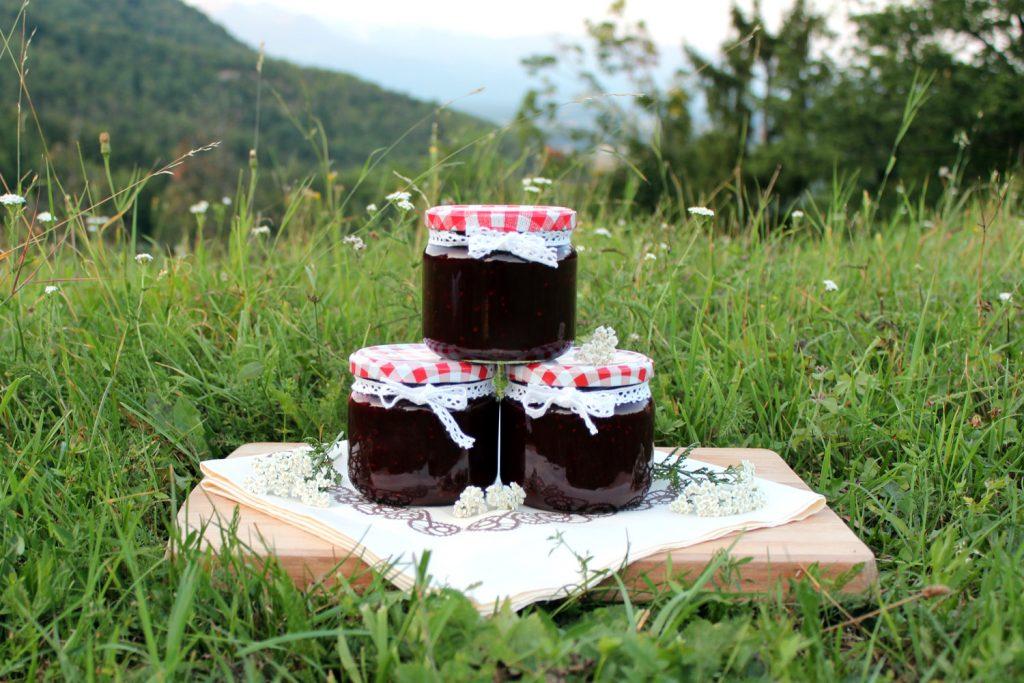 marmelada bezeg hruške bezgove jagode recept