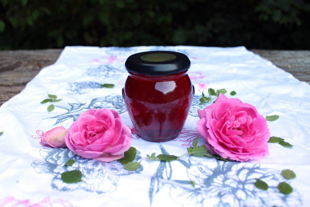 domača rožna voda recept kako narediti roza limonada