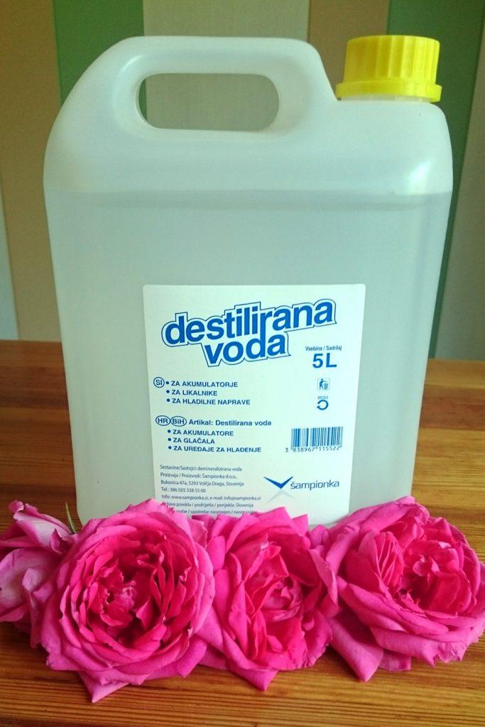 destilirana voda domača rožna voda recept kako naredimo domačo rožno vodo