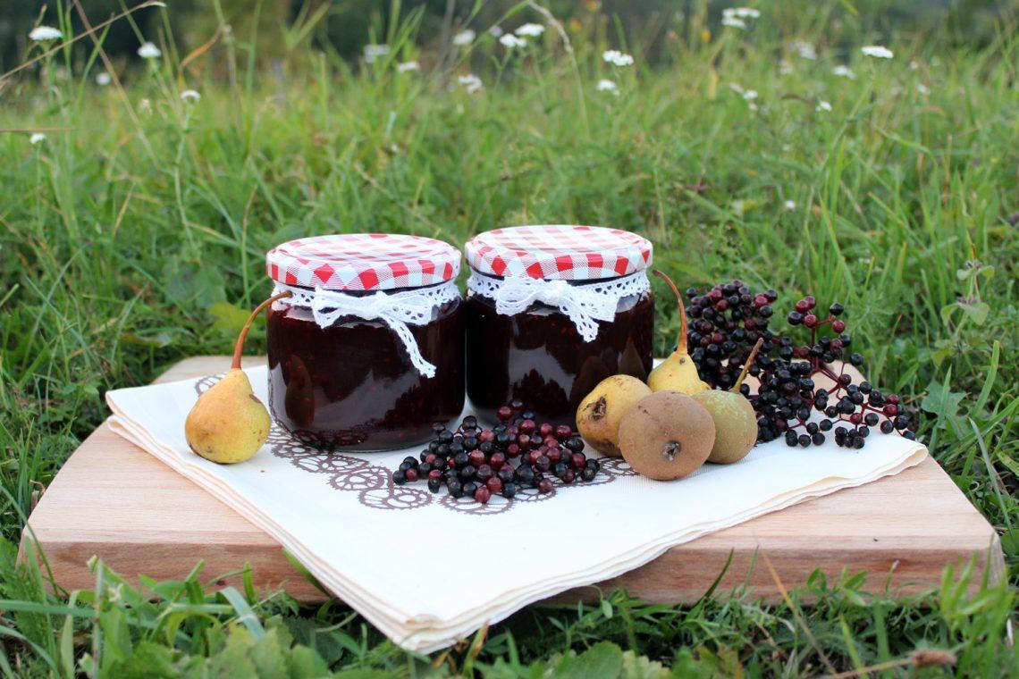 Marmelada iz bezgovih jagod in hrušk
