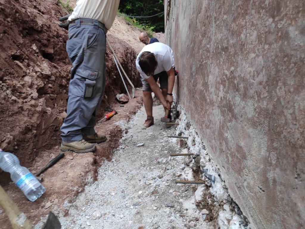temelj sanacija prenova hiše obzidava hidroizolacija drenaža